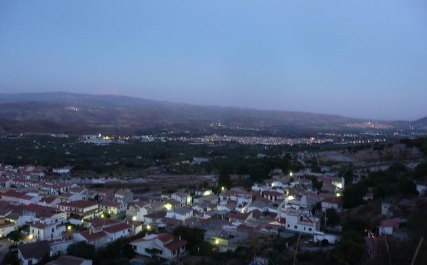 La villa de Dúrcal está en las estribaciones de Sierra Nevada.