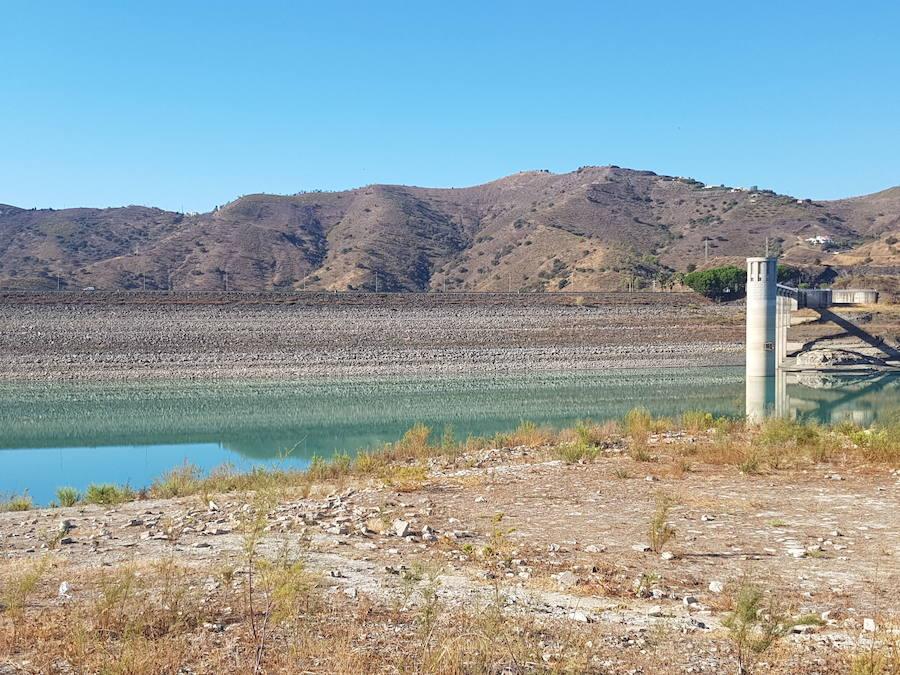 Imagen de archivo de pantano de La Viñuela. /SUR