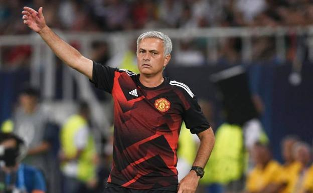 Mourinho, ante el Real Madrid. /Afp