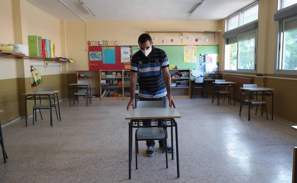 El programa de refuerzo escolar crece y triplica su participación este  verano con 7.500 alumnos   Diario Sur
