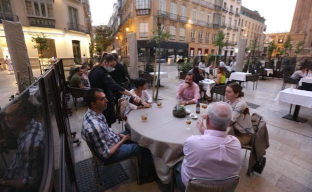 Los hoteleros creen que el toque de queda es «la puntilla» para el sector turístico en Málaga