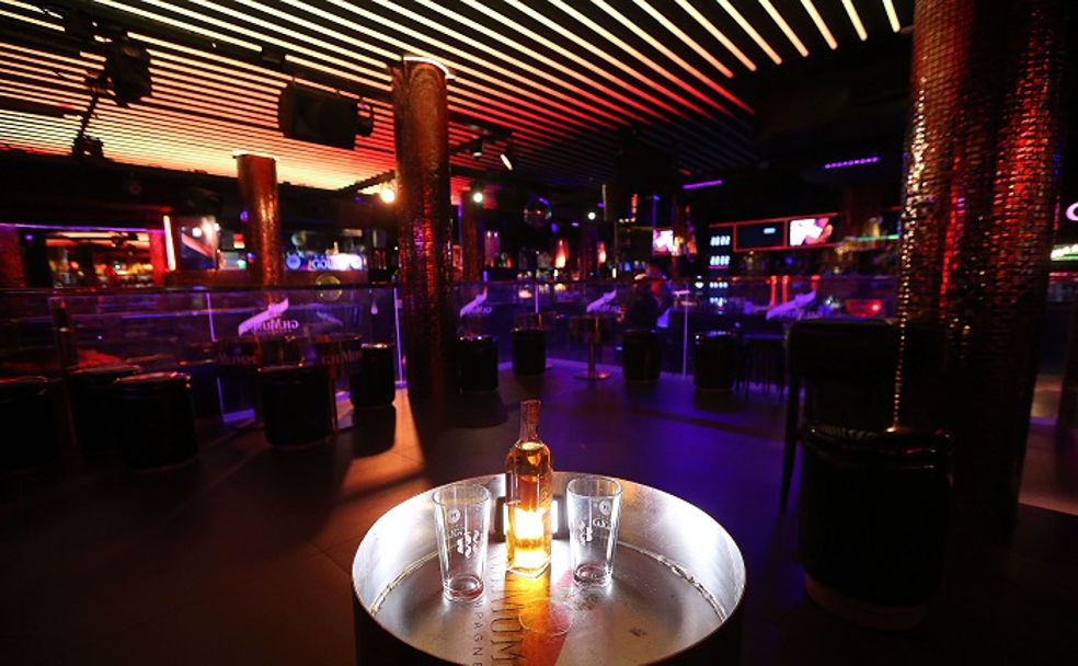 La TSJA anula la obligatoriedad del pase Covid para el acceso a discotecas en Andalucía