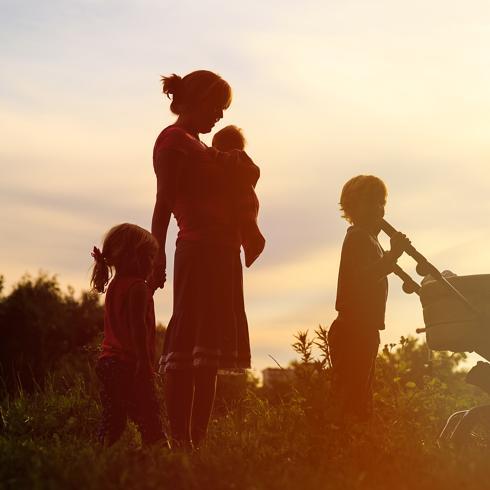 madres solteras que buscan pareja y ayuda economica