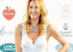Mónica Pont Pillada En Topless En Ibiza Diario Sur