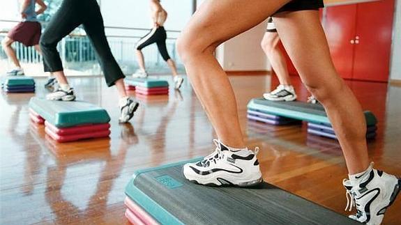 clases de gimnasia aerobica para adelgazar